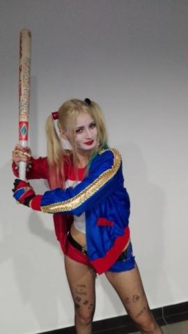 Fakon 2016 Harley Quinn cosplay